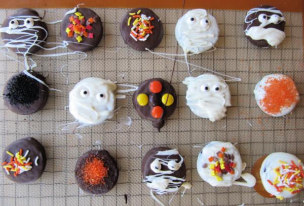 Chocolate Covered White Chocolate Oreo Cookies