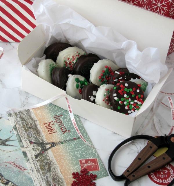 Chocolate Covered Christmas Oreos