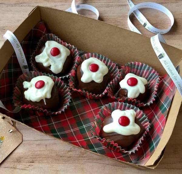 Christmas Pudding Brownie Bites