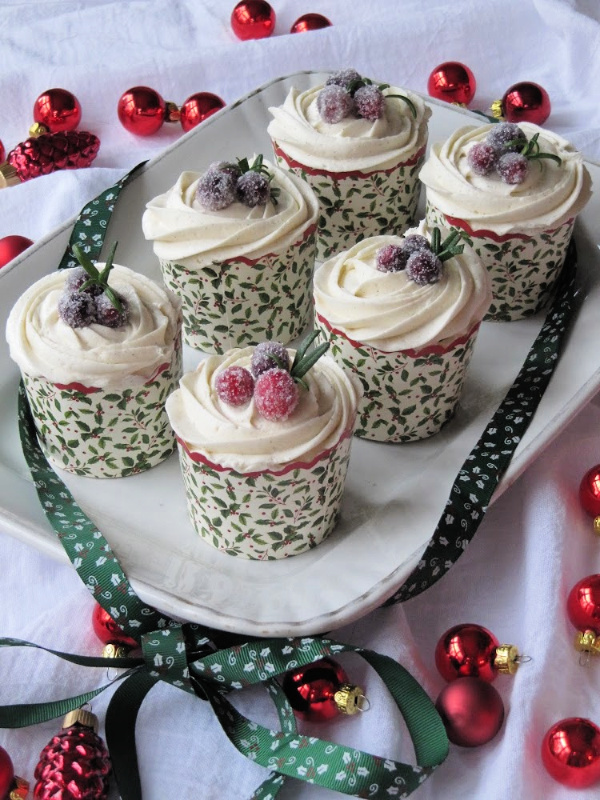 Gingerbread Cupcakes with Buttercream icing