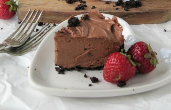 chocolate-cheesecake-chocolate-truffles-with berries 2